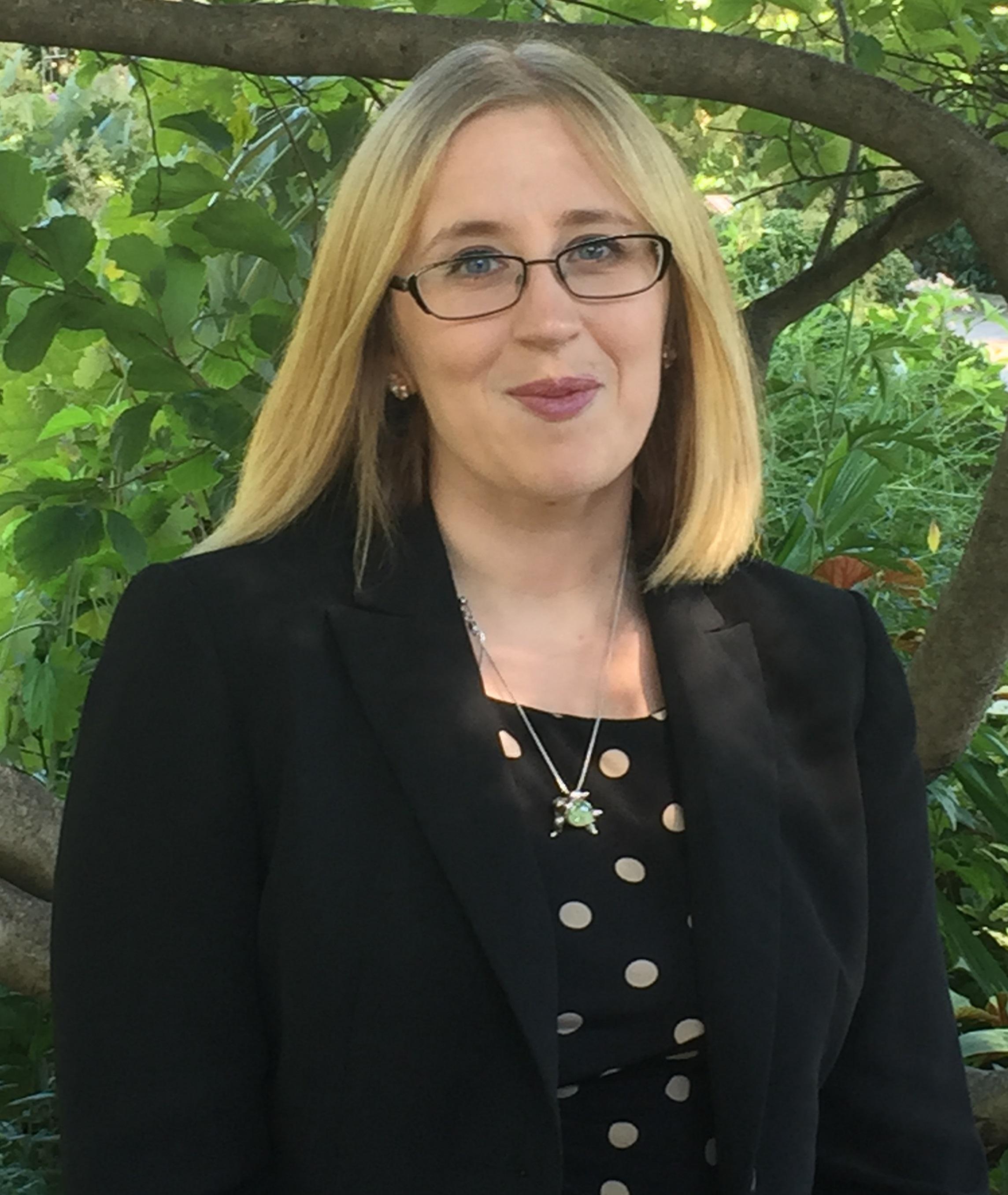 Dr. Lindsey Ohler
